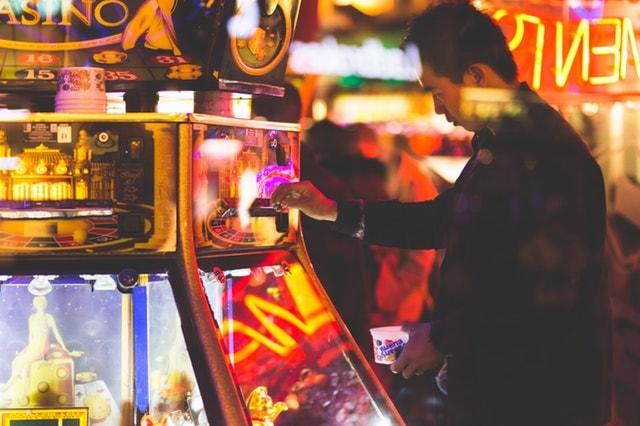spielautomaten casino spiel bild